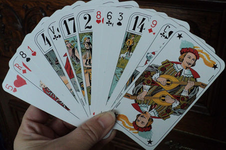 Гадание на игральных картах онлайн на Предсказание. RU