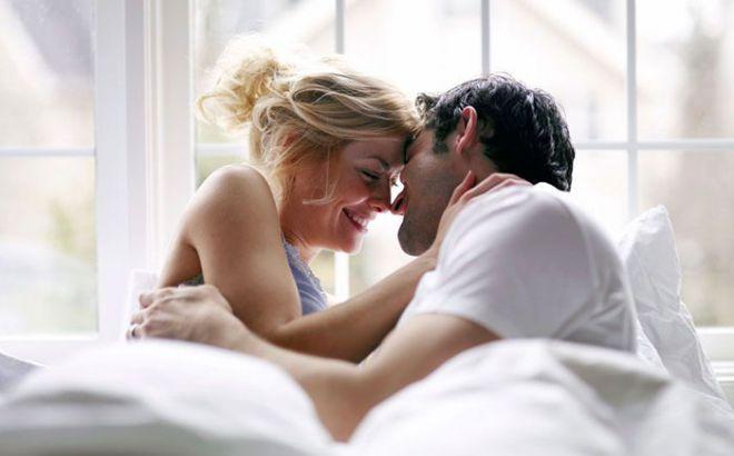 Что ваш партнер делает и не хочет в спальне по знаку зодиака