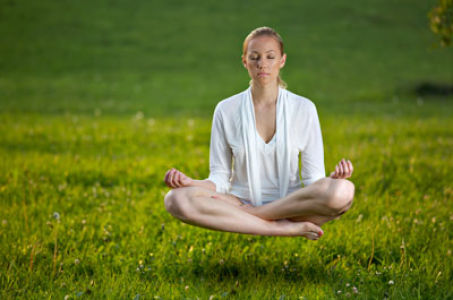 Флай йога: гармония воздушных асан