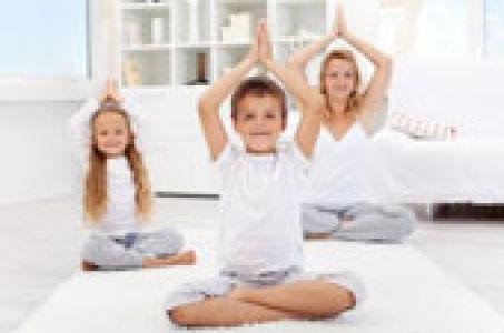 Йога для самых маленьких детей
