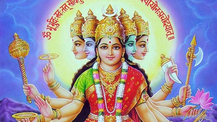 Гаятри мантра: толкование Саи Бабы, смотреть исполнение Девы Премал