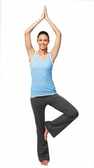 йога айенгара упражнение врикшасана