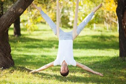антигравитационная йога