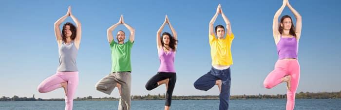 Йога для здоровья женщины: упражнения, преимущества