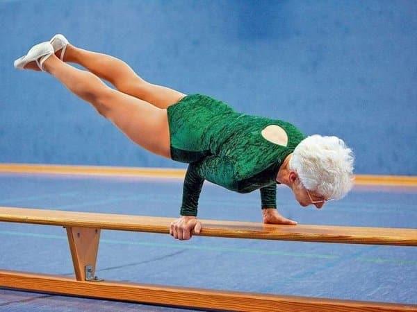 Гімнастика доктора шішоніна для шиї